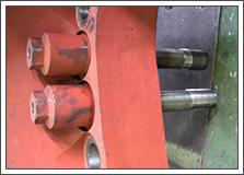 火力発電プラントのガスタービンのボルト・ナットの写真